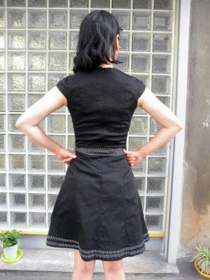 画像4: SALE!! Voodoo Vixen 50s' Nautical Sailor Dress (ヴードゥーヴィクセン・ブラックセイラードレス)