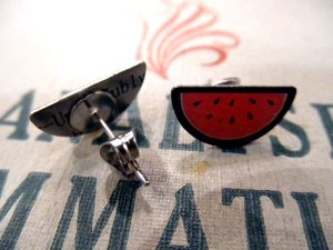 画像2: JUBLY-UMPH WATERMELON STUD EARRINGS (スイカ・ピアス)