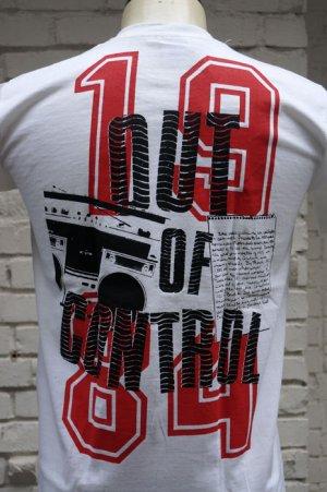画像4: THE CLASH Short Sleeve  T-shirt Out Of Conrol 2(ザ・クラッシュ80s リプロ・ツアーTシャツ)