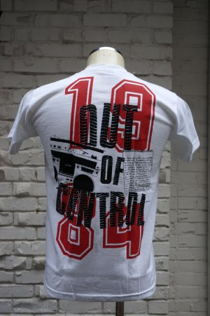 画像3: THE CLASH Short Sleeve  T-shirt Out Of Conrol 2(ザ・クラッシュ80s リプロ・ツアーTシャツ)