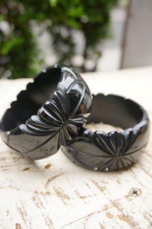 画像2: Genevive thick carved fakelite bangle Black(レトロ ヴィンテージアクセサリー バングル ブラック)