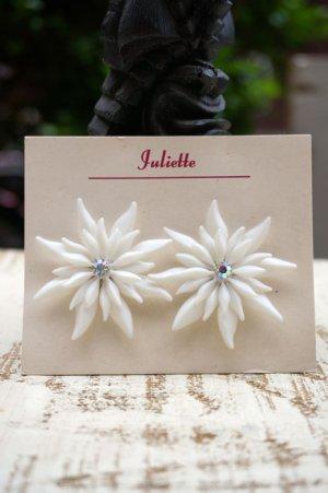 画像2: Vintage White diamante flower Clip on earrings (ヴィンテージ ディアマンテフラワー イヤリング)