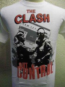 他の写真1: THE CLASH Short Sleeve  T-shirt Out Of Conrol(ザ・クラッシュ80s リプロ・ツアーTシャツ)